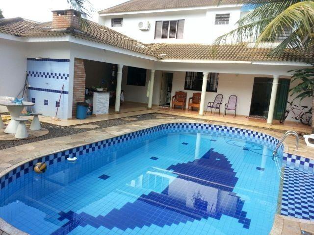 Lindo sobrado com 380m² de construção com piscina, churrasqueira - Foto 2