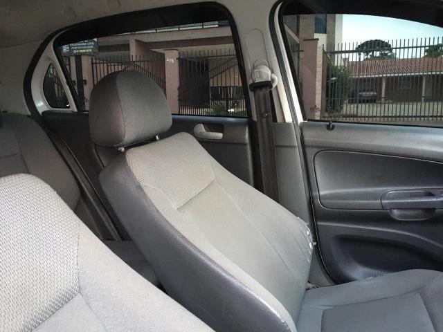 VW Gol G5 1.0 - 2010 - Foto 9
