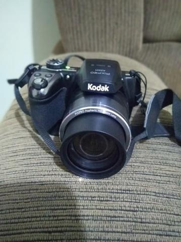 Câmera fotográfica Kodak Az 501. / Modo Pet / 180° Panorâmica / 50 X Zoom Óptico