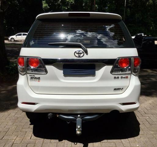 Toyota Hilux SW4 SRV 2013 Diesel 7 Lug - Foto 4