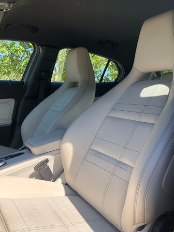 Mercedes-Benz GLA 200 1.6 CGI Style - Foto 10