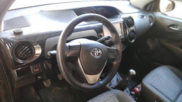 Ex Táxi Etios Sedan X 2016 temos mais de 60 carros no estoque - Foto 5