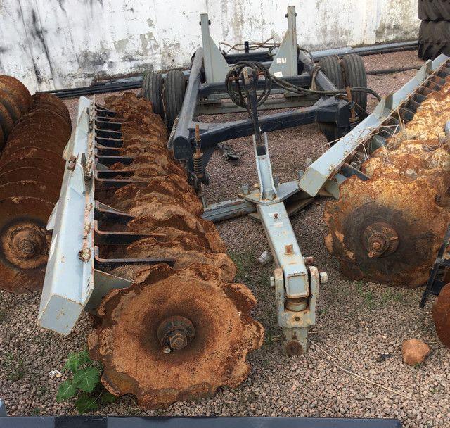 Grade aradora 32x28 espaçamento 270mm ano 2018 - Foto 2
