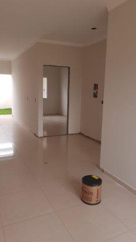 Vende-se casas novas no Lot. Siena, Bairro Esmeralda - entrada facilitada - Foto 5
