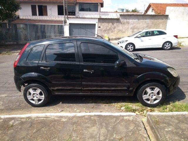 Fiesta 2005 completo-Ar