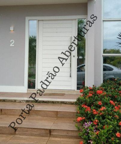 Portas Pivotante Externa - Foto 2