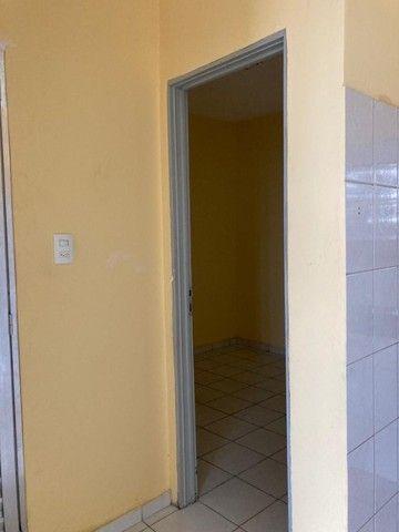 Aluga-se otimo apartamento em condominio fechado na Pedreira sem tx de condominio
