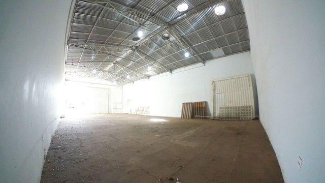 Barracão para alugar, 250 m² por R$ 3.000/mês - Vila Mendonça - Araçatuba/SP - Foto 4