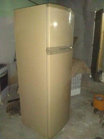 Vendo geladeira Brastemp frost free! - Foto 4