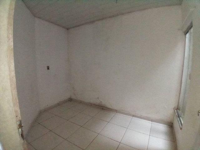 Vendo Casa no Conjunto Maguari-última rua - Foto 6