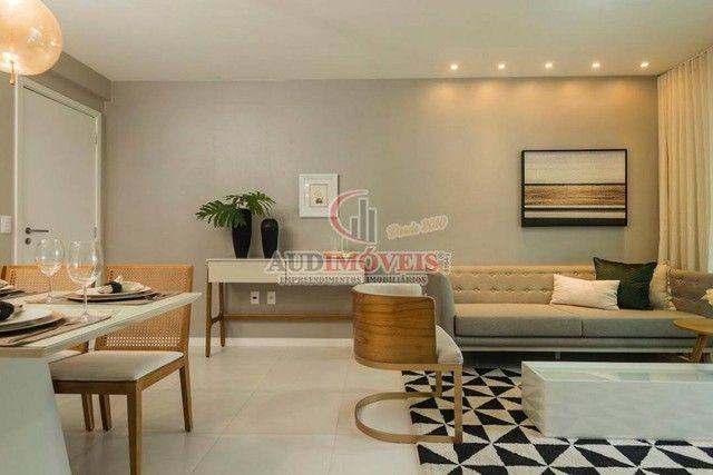 Apartamento para venda possui 90 metros quadrados com 3 quartos em Guararapes - Fortaleza  - Foto 3
