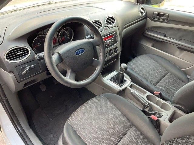 Ford Focus 1.6 flex Completo  - Foto 12