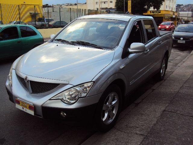 Ssangyong Actyon turbo diesel 4x4 automática