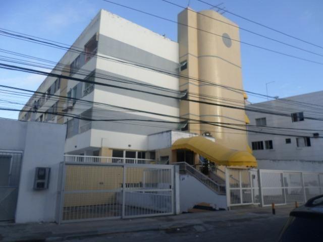 Apartamento 2/4 = Costa Azul = R$950,00