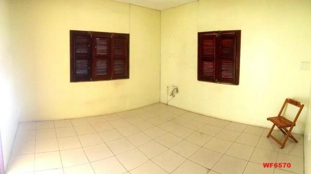 Casa na Aldeota, ponto comercial de esquina, 4 quartos, 2 vagas, próximo a Dom Luís - Foto 7