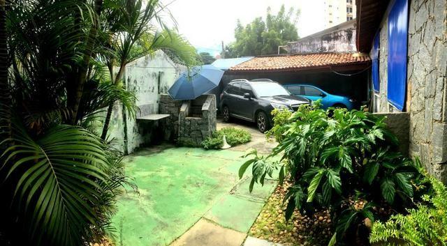 Casa plana na varjota, 3 suítes, esquina, 4 vagas de garagem, Piscina, próx Via expressa - Foto 12