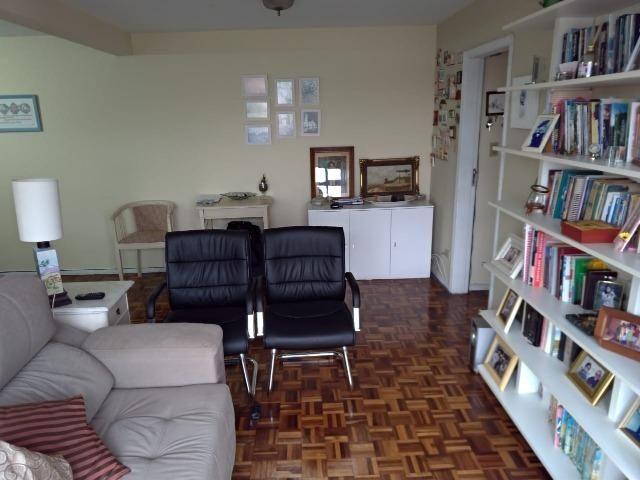 Apartamento 131,91m² Área Total - Centro Cívico - 3 Dormitórios - Foto 6