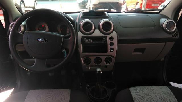 Ford Fiesta Sedan 1.6 (Flex) 2008 - Foto 7