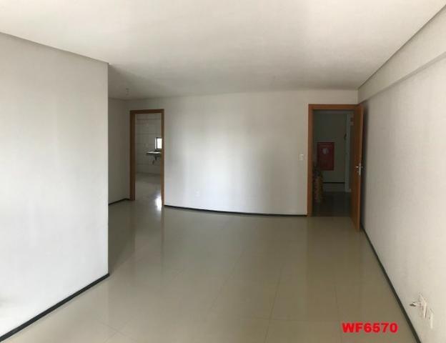 Astúrias, apartamento com 3 suítes, 2 vagas, andar alto, área de lazer completa - Foto 2