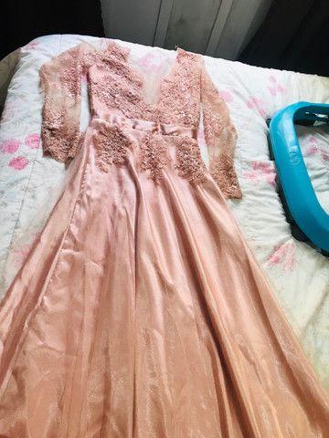 Vendo vestido feito submedida  - Foto 2