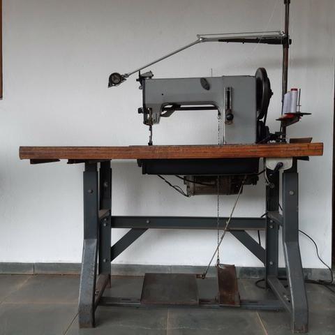 Maquina de costura Adler para Selaria