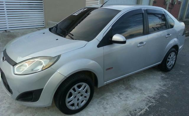 Ford Fiesta Sedan 2011 - Completo - GNV