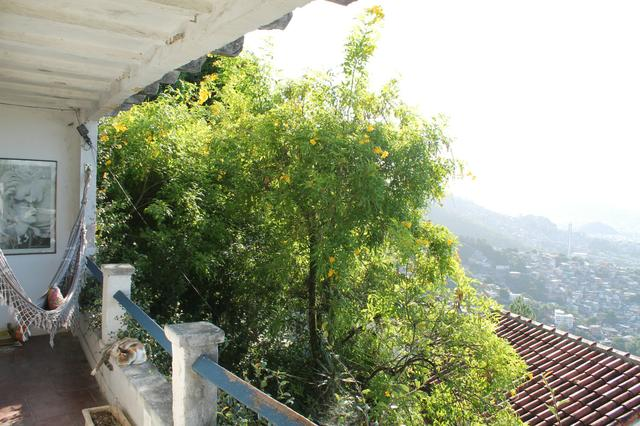 1 Casa dividida em 2 no melhor ponto de Santa Teresa - Foto 4