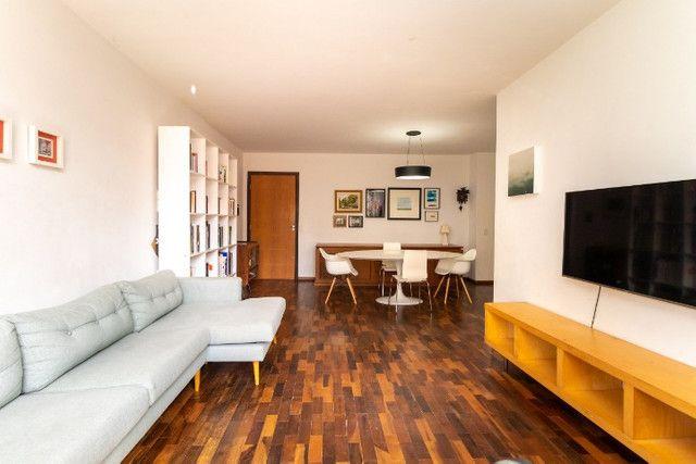 AP0667 - Apartamento 3 quartos, 1 suíte, 2 vagas no Batel - Curitiba - Foto 4