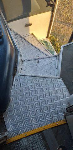 Onibus rodoviario motor dianteiro novo demais - Foto 12