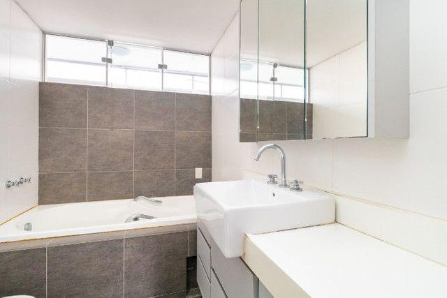 AP0667 - Apartamento 3 quartos, 1 suíte, 2 vagas no Batel - Curitiba - Foto 7