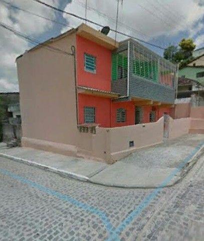 Apartamento térreo R$ 500