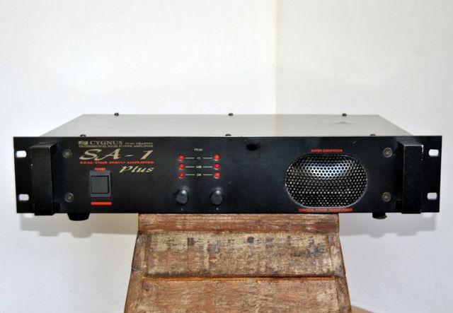 Amplificador cygnus sa-1