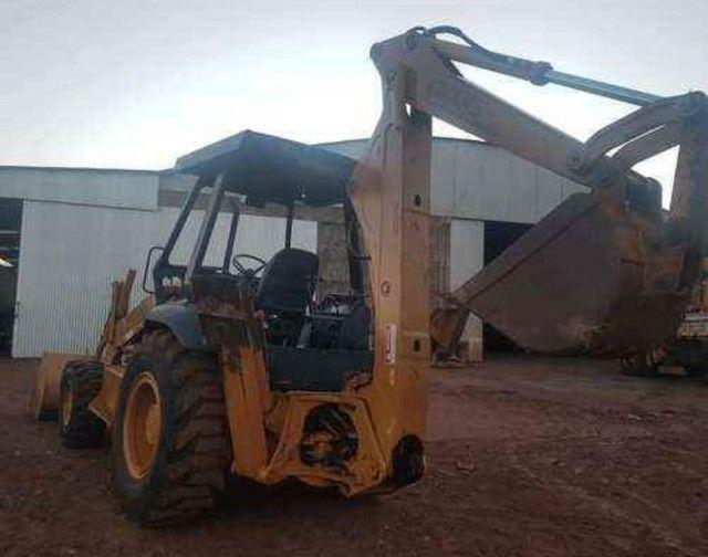 Retroescavadeira Case 580L - Foto 3