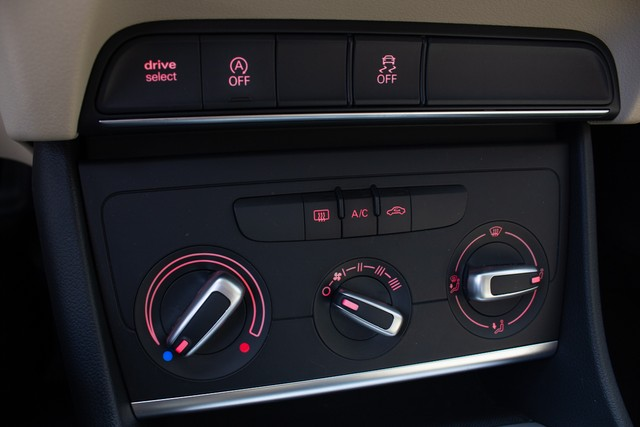 Audi Q3 1.4 TFSI Attraction S Tronic (Flex) - Foto 15