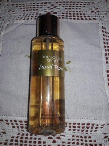 Body Splash Coconut Passion Victoria's Secret 250ml - Foto 2