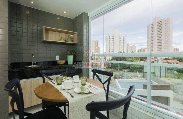 Apartamento para venda possui 90 metros quadrados com 3 quartos em Guararapes - Fortaleza  - Foto 4