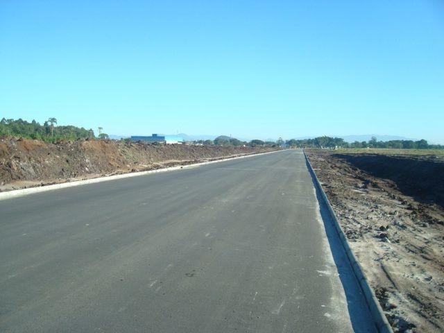 Área industrial de frente para a BR280 com 15000m² - Foto 2