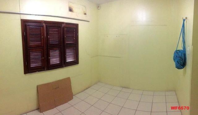 Casa na Aldeota, ponto comercial de esquina, 4 quartos, 2 vagas, próximo a Dom Luís - Foto 6