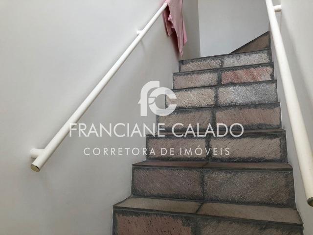 Casa, extenso espaço, dois quartos, localizada no bairro Palhinhas - Foto 5