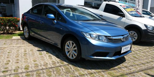 Honda Civic LXS 1.8 2015. Ligue .