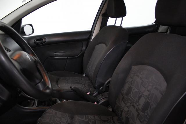 PEUGEOT 207 2009/2010 1.4 XR 8V FLEX 4P MANUAL - Foto 8