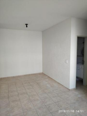 Apartamento com 3 dormitórios para alugar, 60 m² por R$ 600,00/mês - Residencial Macedo Te - Foto 4