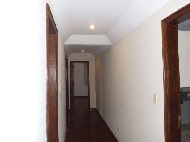 A103 - Apartamento com três suítes no centro nobre da cidade - Foto 2