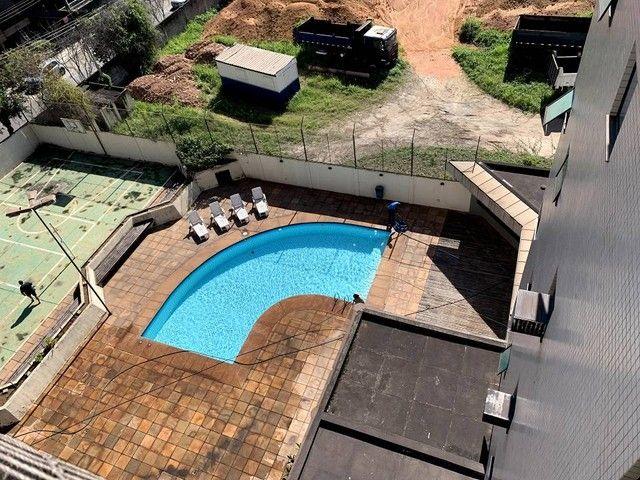 Apartamento para venda possui 598 metros quadrados com 4 quartos em Aterrado - Volta Redon