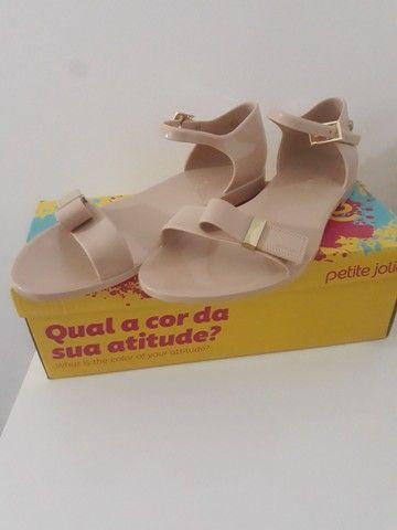 Vendo calçados da petite jolie  - Foto 2