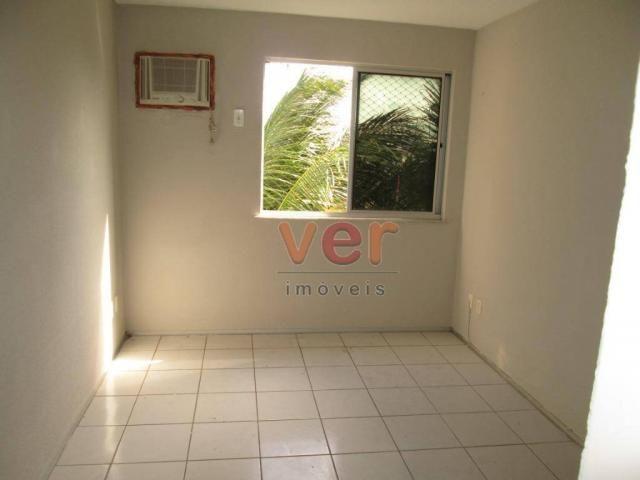 Apartamento para alugar, 62 m² por R$ 700,00/mês - Dias Macedo - Fortaleza/CE - Foto 18