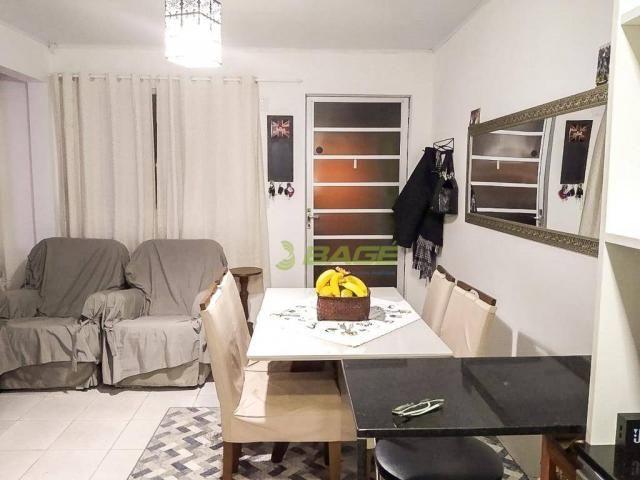 Casa com 2 dormitórios à venda.