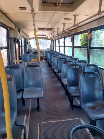 Vendo peça do ônibus buscar 2000 1721 - Foto 6