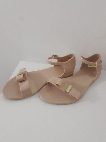 Vendo calçados da petite jolie