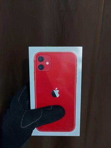 Iphone 11 64gb VERMELHO(Menor $ Parcelado) - Foto 3